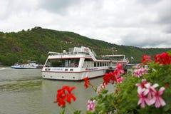 El viajar en el río Rhine Imágenes de archivo libres de regalías