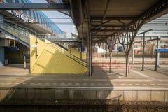 El viajar en tren en Europa imagenes de archivo