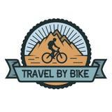 El viajar por el emblema de la bicicleta Foto de archivo