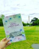 El viaje del jardín de la primavera de la Casa Blanca en un fin de semana de abril Foto de archivo