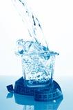 El vidrio de agua aisló Fotografía de archivo libre de regalías