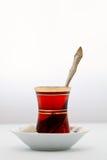El vidrio de té turco tradicional Imagenes de archivo
