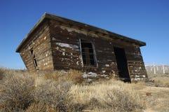 El viejo derrumbarse de la casa Foto de archivo