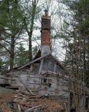 El viejo derrumbarse de la casa Fotografía de archivo