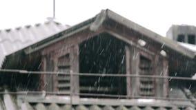 El viejo nevar del ático metrajes