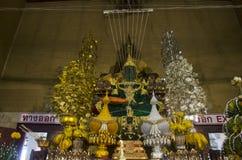El viejo nombre Luang Phor Pak Daeng de la estatua de Buda para la gente respeta la rogación Foto de archivo