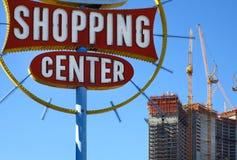 El viejo y el nuevo en Las Vegas imagen de archivo libre de regalías