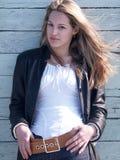 El viento sopla el pelo de la muchacha Imagen de archivo