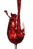 El vino rojo vierte Fotos de archivo libres de regalías