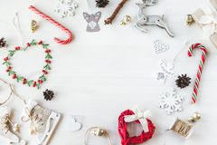 El vintage acogedor entonó la maqueta de la composición de la Navidad de las vacaciones de invierno Imagen de archivo libre de regalías