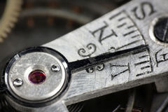El vintage deslustró el indicador rápido o lento del reloj de bolsillo de la plata Imagenes de archivo