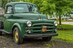 El vintage Dodge coge el camión Imagenes de archivo