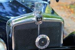 El vintage morris diez badge y parrilla o parrilla de radiador Fotos de archivo