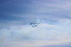 El volar de los jets Foto de archivo libre de regalías