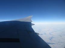 El volar en el cielo Fotos de archivo libres de regalías