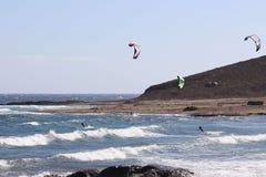 El volar en un ala Foto de archivo libre de regalías