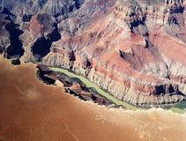 El volar sobre el río Colorado en Gran Cañón Fotografía de archivo