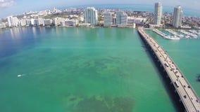 El volar sobre Miami B almacen de metraje de vídeo