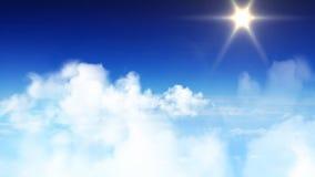 El volar a través del cielo azul