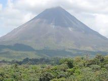 El volcán de Arenal Imagen de archivo