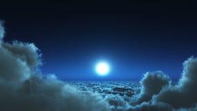 el vuelo nocturno 4k en nubes se forma, luna y cielo del cielo, espacio exterior de la mucha altitud libre illustration