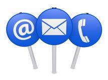El web nos entra en contacto con icono en los posts de muestra Imagen de archivo
