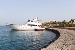 El yate en el puerto Imagen de archivo