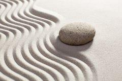 El zen agita en la arena para la relajación Fotografía de archivo libre de regalías