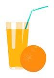 El zumo de naranja en vidrio se aísla en un fondo blanco Fruta j Imagen de archivo