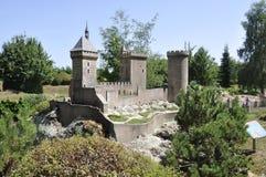 Elancourt f, 16-ое июля: Замок de Foix в миниатюрном воспроизводстве памятников паркует от Франции Стоковая Фотография RF