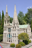 Elancourt F, il 16 luglio: Cathedrale de Chartres nella riproduzione miniatura dei monumenti parcheggia dalla Francia Fotografie Stock