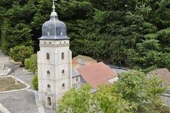 Elancourt F, il 16 luglio: Eglise Sainte-Benigne de Pontarlier nella riproduzione miniatura dei monumenti parcheggia dalla Franci Fotografia Stock Libera da Diritti