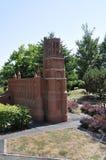 Elancourt F, il 16 luglio: Il ` Albi di Cathedrale Sainte Cecille D nella riproduzione miniatura dei monumenti parcheggia dalla F Immagini Stock Libere da Diritti