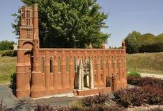 Elancourt F, il 16 luglio: Il ` Albi di Cathedrale Sainte Cecille D nella riproduzione miniatura dei monumenti parcheggia dalla F Fotografia Stock