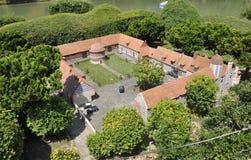 Elancourt F, il 16 luglio: Il ` Angau di Manoir D del castello nella riproduzione miniatura dei monumenti parcheggia dalla Franci Immagine Stock Libera da Diritti