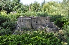 Elancourt F, il 16 luglio: San Martin de Toques del castello nella riproduzione miniatura del parco dei monumenti dalla Francia Fotografia Stock Libera da Diritti