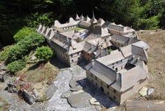 Elancourt F, 16 Juli: Chartreuse du Reposoir in de Miniatuurreproductie van Monumentenpark van Frankrijk Royalty-vrije Stock Foto's