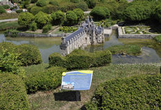 Elancourt F, am 16. Juli: Chateau de Chenonceau in der Miniaturwiedergabe von Monumenten parken von Frankreich Lizenzfreie Stockbilder