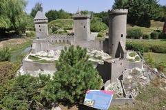 Elancourt F, 16 Juli: Chateau DE Foix in de Miniatuurreproductie van Monumentenpark van Frankrijk royalty-vrije stock afbeeldingen