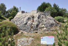 Elancourt F, am 16. Juli: Chateau de Monsegur in der Miniaturwiedergabe von Monumenten parken von Frankreich Lizenzfreie Stockbilder