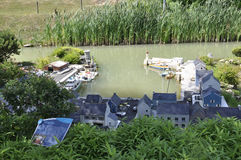 Elancourt F, 16 Juli: Haven Breton in de Miniatuurreproductie van Monumentenpark van Frankrijk Royalty-vrije Stock Foto