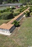 Elancourt F, 16 Juli: Landbouwbedrijf in de Miniatuurreproductie van Monumentenpark van Frankrijk Royalty-vrije Stock Afbeeldingen