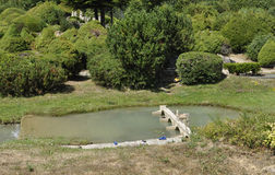 Elancourt F, am 16. Juli: Landschaft in der Miniaturwiedergabe des Monument-Parks von Frankreich Lizenzfreie Stockbilder