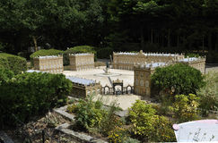 Elancourt F, am 16. Juli: Legen Sie Stanislas de Nancy-Lorraine in die Miniaturwiedergabe des Monument-Parks von Frankreich Lizenzfreie Stockfotografie