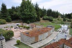 Elancourt F, 16 Juli: Plaats Bellecour Lyon in de Miniatuurreproductie van Monumentenpark van Frankrijk Royalty-vrije Stock Afbeelding