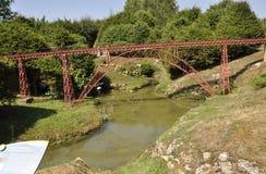 Elancourt F, 16 Juli: Viaduc DE Gabarite in de Miniatuurreproductie van Monumentenpark van Frankrijk Stock Afbeeldingen