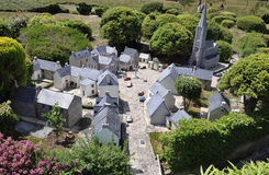 Elancourt F, o 16 de julho: Bretão da vila o na reprodução diminuta do parque dos monumentos de França Fotos de Stock Royalty Free