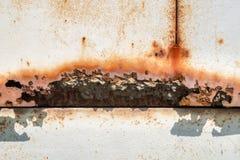 Żelazna ośniedziała artystyczna ścienna obieranie farba Zdjęcie Stock