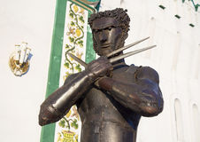 Żelazna statua charakteru rosomak od X-Men blisko ściany Kremlin w Izmailovo Fotografia Stock