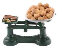 Żelazny antykwarski kuchenny równoważenie waży Zdjęcia Stock
